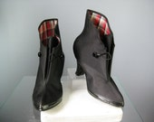 Ladies Galoshes / Vtg 50s / Pin up Goodrich Size 7 Black Rubber Galoshes for High Heels