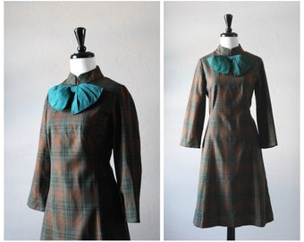 Kelly Green & Copper Brown Tartan Plaid 1960s Vintage Mod Dress