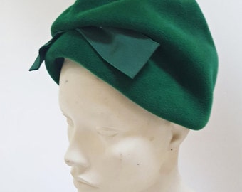 SHIPPING DELAY 1960s Emerald Green Wool Turban Hat
