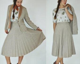 SHIPPING DELAY 1970s Beige Wool Pleated High Waist Skirt & Blazer Set