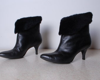 70s womens 6 leather high heel boot fleece lined faux fur ankle pointed toe winter shoes vintage Cobbies fashion shoe
