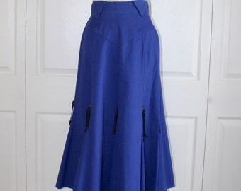 Vintage Cowgirl Western skirt . Dark Blue Cotton High Waist Rodeo County Fair Skirt . Circle T . Beads & Conchos . Size Medium