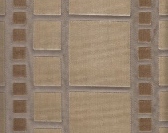 19.375 Yards Knoll Luxe Upholstery Fabric Gramercy in Yorkville Taupe K12741 (BT1)