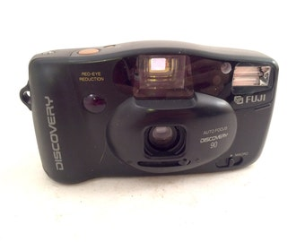 Fuji Discovery 90 Auto Focus 35 Film Camera