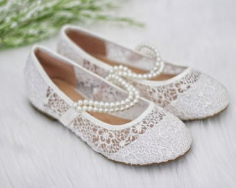 GIRLS CROCHET SHOES -Flower Girl Shoes - White Lace Maryjane Flats with Pearls Elastic Strap