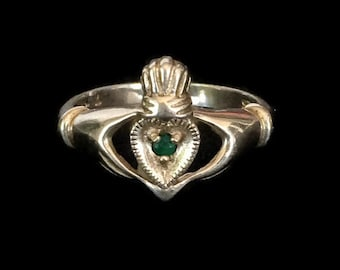 Vintage Claddagh Ring Emerald Gemstone in a Sterling Silver Irish Celtic Setting SZ 7  Irish Wedding Friendship Ring