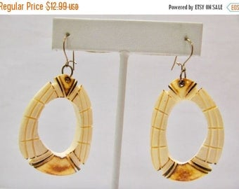 On Sale Vintage Carved Bone Dangle Earrings Item K # 2166