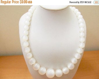 On Sale Vintage White Moonbeam Lucite Beaded Necklace Item K # 1529