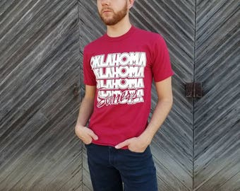 Oklahoma Sooners T Shirt, 80s Paper Thin Size Small Sooners Baseball Men's or Women's Unisex Clothing