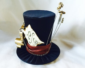 Tiny Top Hat: Steam Punk Mad Hatter Black - Alice in wonderland Steampunk gears vintage mad hatter tea party teaparty cosplay costume