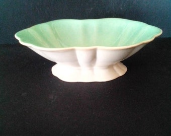Cowan 1930s signed  decorative  bowl