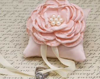 Blush Ring Pillow attached to Dog collar, Dog ring bearer, Pet wedding accessory, Dog lovers, Blush pillow, Flowers with pearls