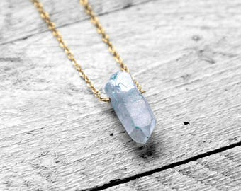 TITANIUM YUMMI NUGGET Halskette mit blauem Edelstein   gold