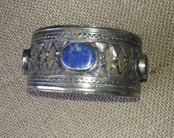 Collectable ethnic lapis lazuli and silver bracelet