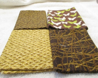 Fat Quarter Bundle with 4 FQs in browns, green, white, beige D9