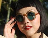 1930s round amber Willsonite sunglasses with blue lenses THE DECODER