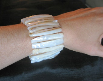 shell bracelet stretch, natural shell cuff bracelet stretch, summer jewelry, beach shell MOP bracelets mother of pearl abalone