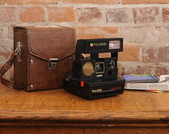 Polaroid Sun 660 Instant Camera