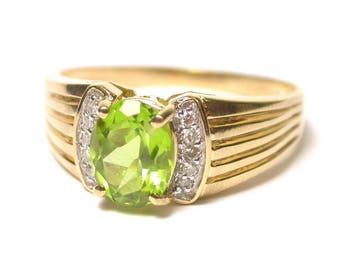 10k Yellow Gold Peridot and Diamond Ring - Size 11.5 - August Birthstone # 1450