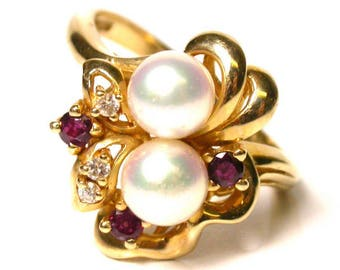 14k Yellow Gold Cultured Pearl, Ruby and Diamond Ring - Size 8 - Weight 4.7 Grams - Cocktail Ring # 1395