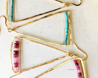 Gold triangle earring with Ruby!