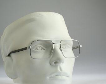 Metzler Mod M 7615  / Vintage eyeglasses and Sunglasses  / NOS / 80s strong Germany made prescription frame