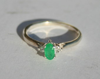 Emerald and Diamond Ring Petite Oval Solitaire with Round Accents Sterling Silver Size 5