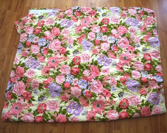 Bright Pink Floral Butterfly Blanket. 70s Pink Flower Quilt. Cute Floral Home Decor Throw Blanket. Huge Pink Cottage Chic Decor