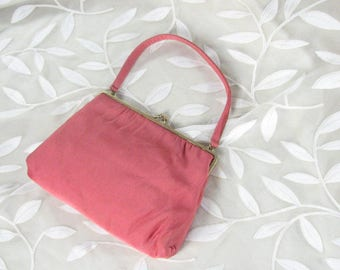 1950/60s Salmon Pink Silk Evening Purse by MM ( Morris Moskowitz)