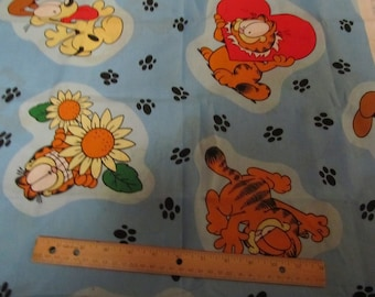 15 x 44 Inches Blue Garfield/Odie Heart/Sunflower Cotton Fabric Remnant