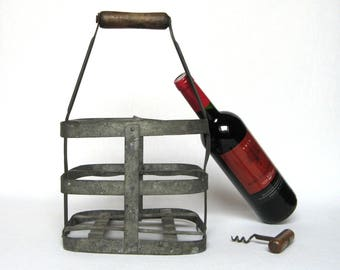 Authentic Vintage Traditional French Bottle Carrier (for 4 bottles), in very good condition