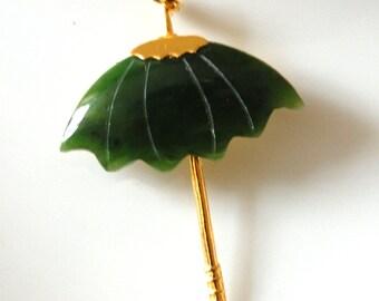 Jade umbrella brooch pendant