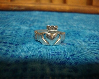 Silver Celtic/Claddagh Promise Ring Size 11