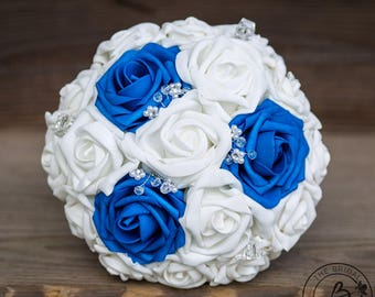 Royal blue bouquet, bridesmaid wedding bouquet, blue and white bouquet with crystals, small wedding bouquet with foam roses, sapphire blue