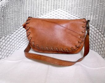 leather shoulder bag, 1960s, 1970s, cognac, vintage, boho bag, festival bag, festival clothing, hippie purse, brown