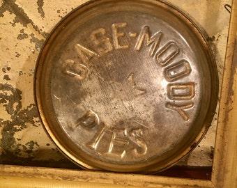 Case Moody Pies, Pie Tin, Vintage Pie Tin, Vintage Kitchen, Baking Decor, Vintage Pie Pan,