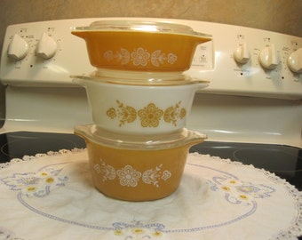 Set Of Three Pyrex Casserole  ( Flower Butterfly Pattern) With lids 1970,s