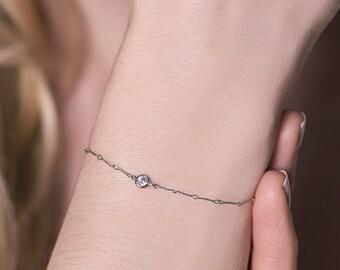 Minimal Silver Bracelet, Delicate Bracelet, Silver Bracelet, Stacking Bracelets, Silver Jewelry, Sterling Silver Crystal Bracelet B050-S