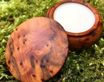 White Amber Solid Perfume by Natural Wisdom. Vegan. Alcohol and Gluten free. 100% natural.