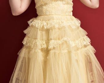 1950's Tulle and Lace Vintage Prom Dress