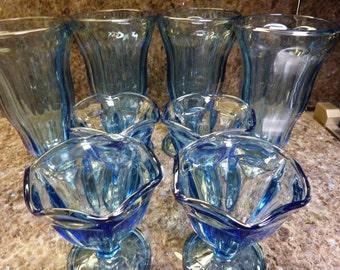 Vintage Anchor Hocking Set Of Eight 4 Large And 4 Smaller  Ice Cream Shake Sundae Parfait Glasses