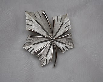 Maple Leaf Pin - Crown Trifari Brooch - Silver Leaf Pin - Maple Leaf Brooch - Silver Leaf Jewelry - Vintage Jewelry Gift for Her