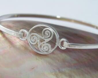 Celtic Triskele Swirl Bangle Bracelet - 925 Sterling Silver Front Satin Finish