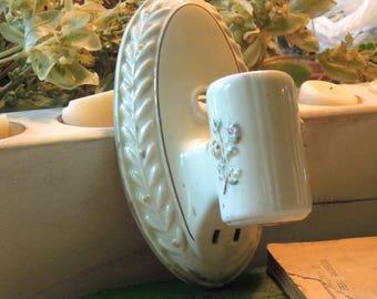 Vintage White Porcelain Light Fixture / Wall Sconce / Bathroom Fixture / Socket / Plug