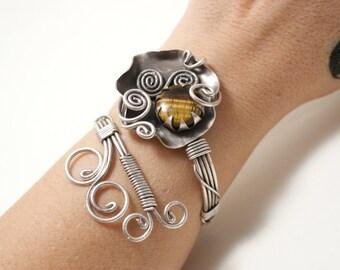 Silver Tiger Eye Bracelet, Tigers Eye Jewelry, Wire Wrapped Bracelet, Tiger Eye Cuff Bracelet Women, Energy Bracelet, Stone bracelet
