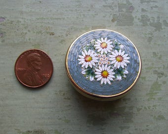 A Beautiful Vintage Micro Mosaic Brooch/Pin - Italian 'Millefiori' - Daisies.