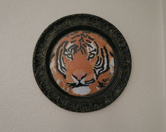 Tiger Painting On Plate With Gold Eyes