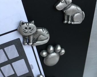 Pet Dog Cat Bone Paw Magnet Set - Magnetic Handmade Personalized Pewter Gift - Love Kids Children Fun Picture Frame Fridge Memory Metal Kit