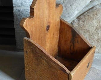 Primitive Wall Box