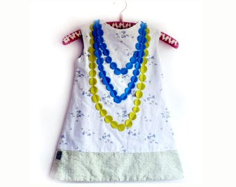 Girls Dress, Girls White dress, Girls Summer Dress, Appliqued Dress, Cute Dress, Flowered dress, Girls Dress size 4, Girls Dress size 5